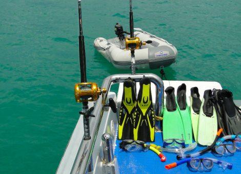 Хороший вариант для морской рыбалки в аренду  на Пхукете, прекрасно подойдет для рыболовных туров, дайвинга или морских прогулок на один или несколько дней.