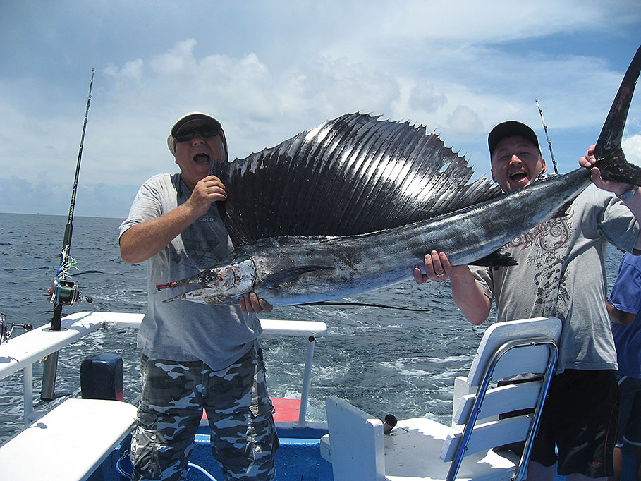 Fishing boat for rent in phuket for day charter bigtuna for Fishing boat trips