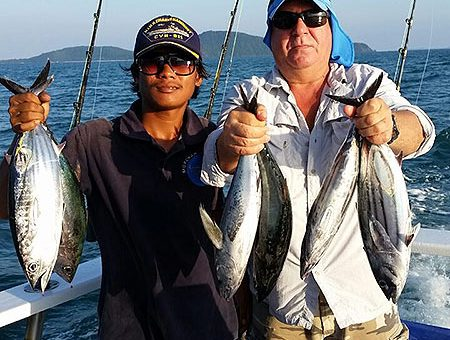 Fishing boat rental in Phuket is perfect for fishing or fishing trips, for one or more days.