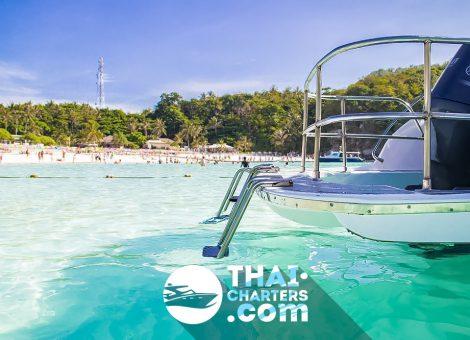 Скоростной катер прекрасно подходит для морских прогулок и снорклинга. Вместимость 25 человек