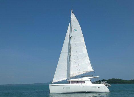 Продажа парусного катамарана Lagoon 421