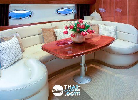 «princess V42» Моторная яхта