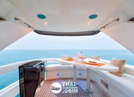 «princess V42» Моторная яхта (Копировать)