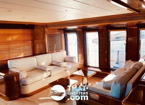 «Ocean Emerald» сочетает в себе роскошь, современный дизайн и крейсерское совершенство. Захватывающая 41 метровая супер яхта.