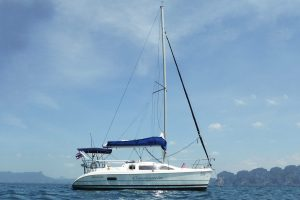 Продажа парусной яхты Hunter 280